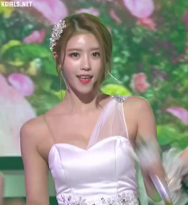 Watch and share Mijoo-lovelyz-181231-3-www.kgirls.net GIFs by KGIRLS on Gfycat