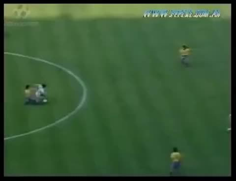 Watch and share Italia 1990 - Caniggia Gol A Brasil Relatado Por Victor Hugo Morales GIFs on Gfycat