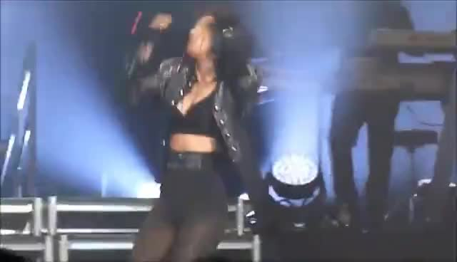 Nicole Scherzinger - Killer Love Tour - AB Brussel 2012 GIFs