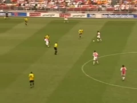 SuperAthleteGifs, soccer, superathletegifs, Zlatan goal vs NAC Breda in 2004 (reddit) GIFs