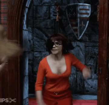 jinkies ! Linda Cardellini as Velma could've easily captured those