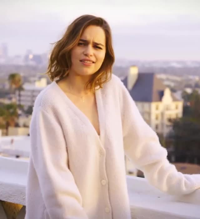 Watch and share Emilia Clarke GIFs by Defunct on Gfycat