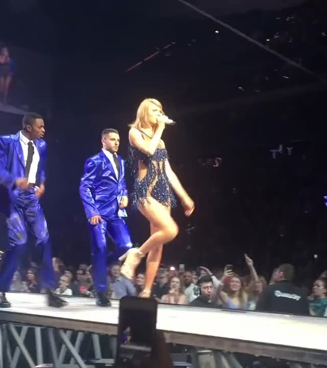 taylor Swift showing off her riding skills with her hip movements