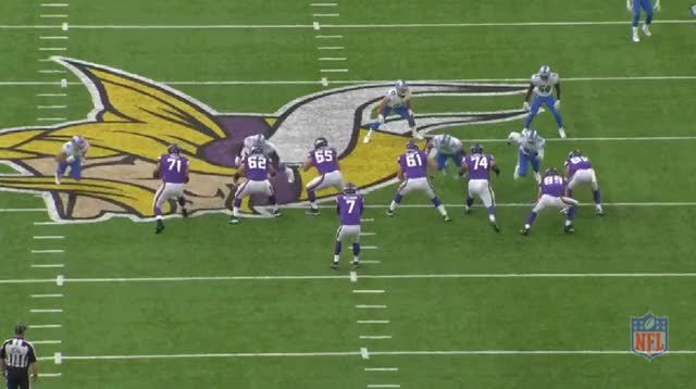 Watch and share Keenum Pocket Presence Bad GIFs by whirledworld on Gfycat