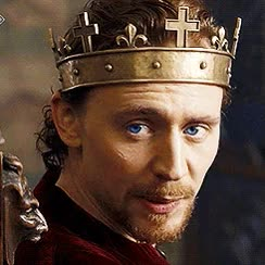 Watch and share My Gifs Mine Queue Tom Hiddleston Beard Henry V Never Shave Thomas The Hollow Crown Beard And Blue Eye Appreciation Post GIFs on Gfycat