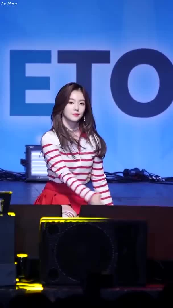 Watch and share Red Velvet GIFs and 60fpsgifs GIFs by 60fpsgifs on Gfycat