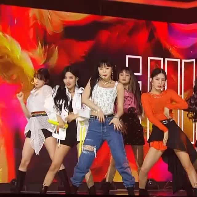 Watch and share 여자아이들 수진3 GIFs by koreaactor on Gfycat