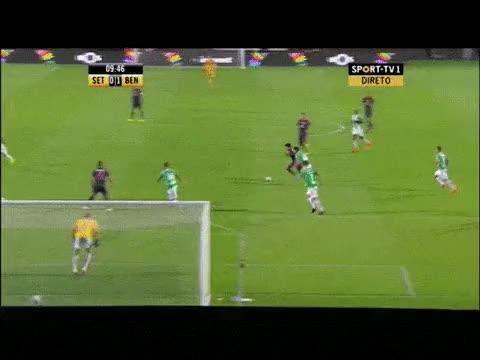 Watch and share Golo Salvio 0-1 Setubal - Benfica 2014-15 GIFs on Gfycat