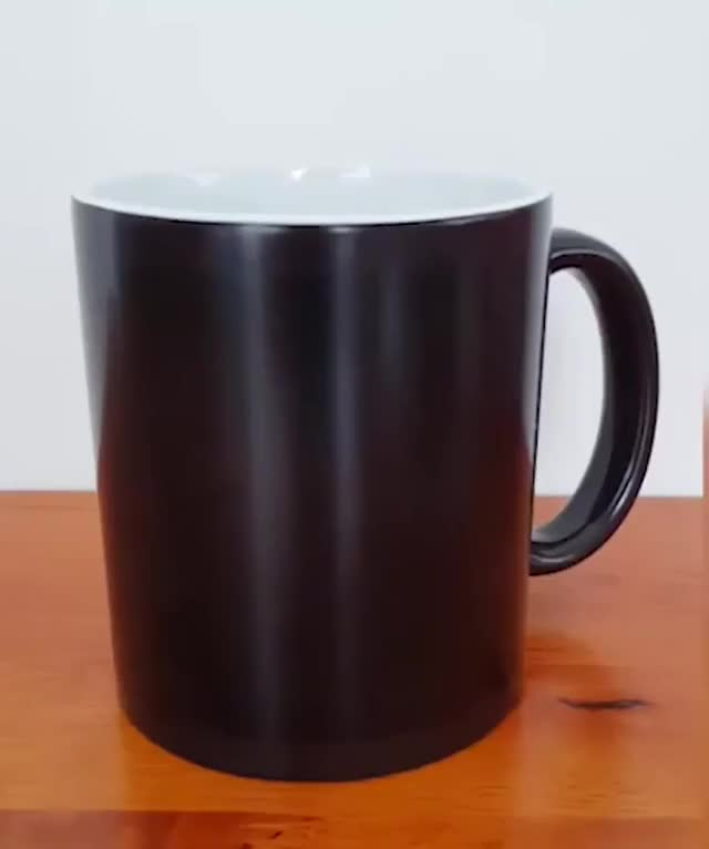 Watch and share Skyrim Heat Changing Mug GIFs by Climbing rope (fastest) on Gfycat