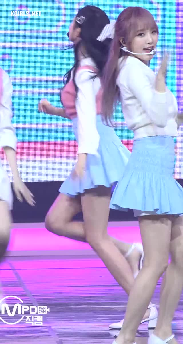 Watch and share JANG WON YOUNG-izone-200218a-6-www.kgirls.net GIFs by KGIRLS on Gfycat
