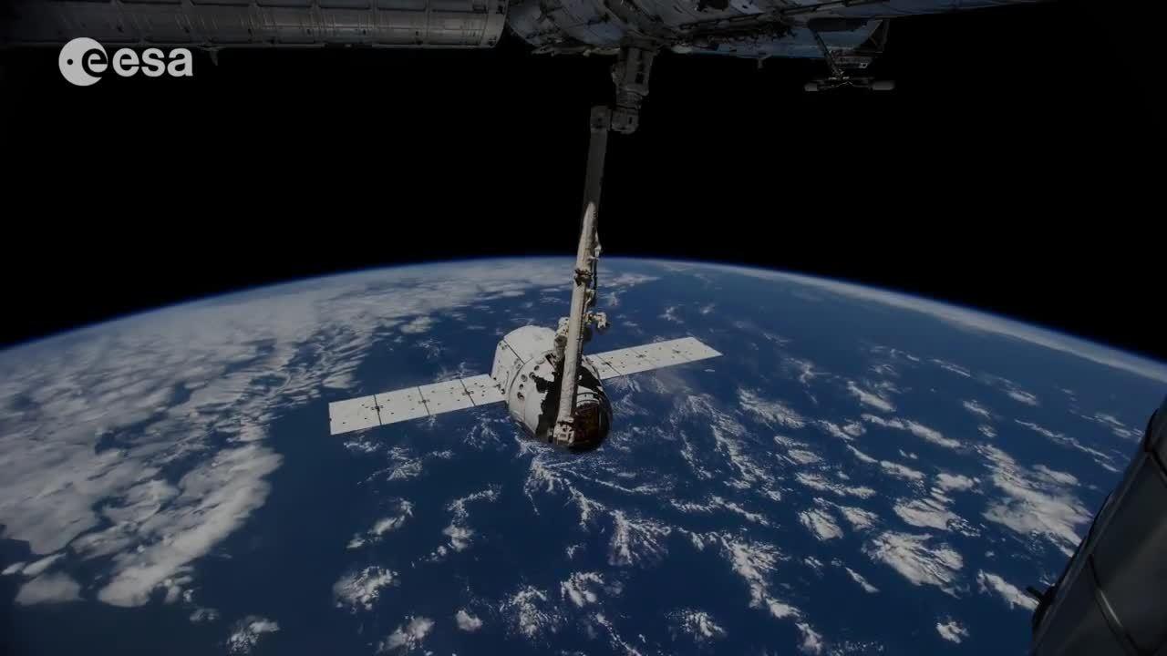 SpaceGfys, spacegfys, Dragon Docking GIFs