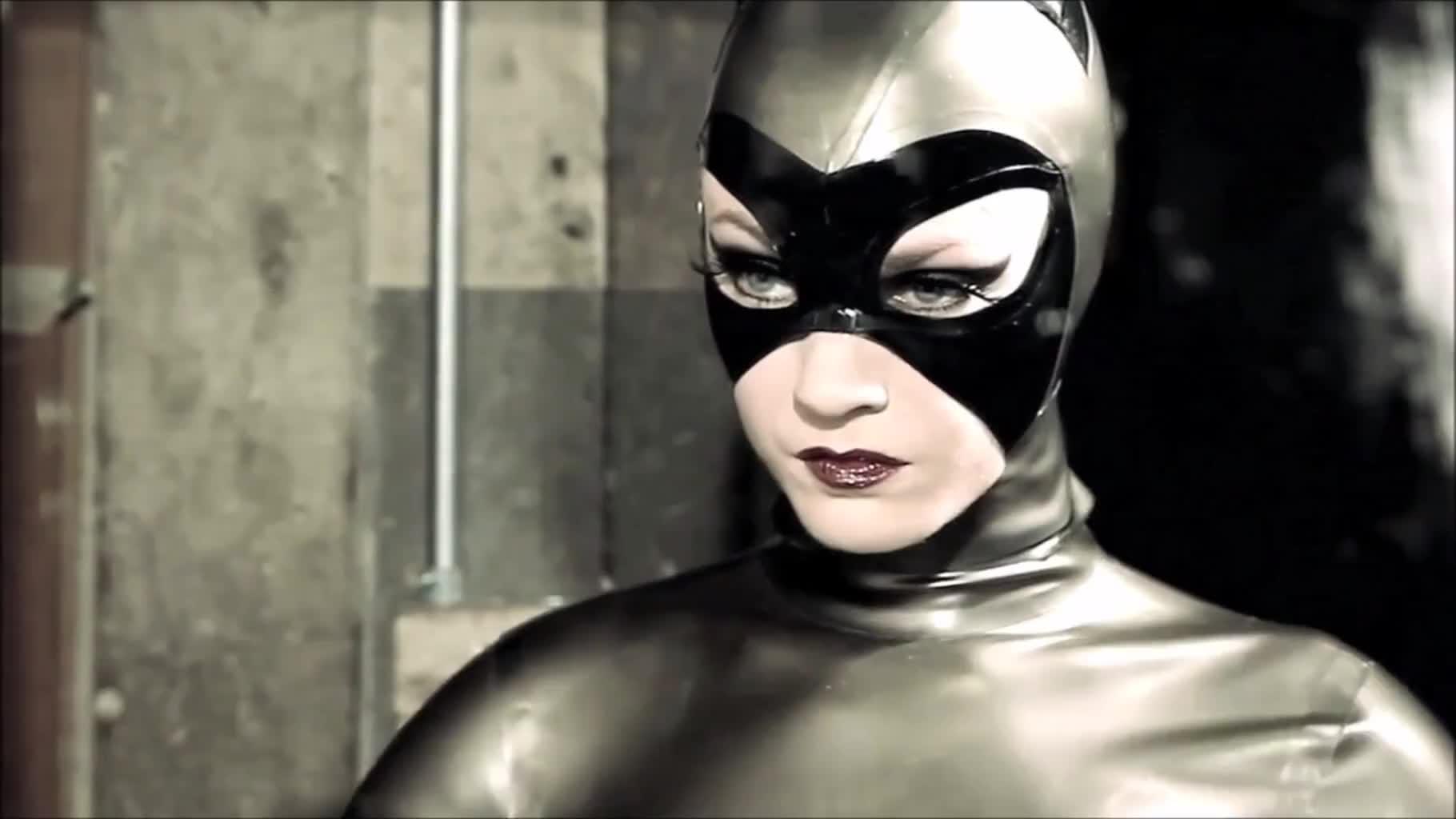 batman catwoman gif