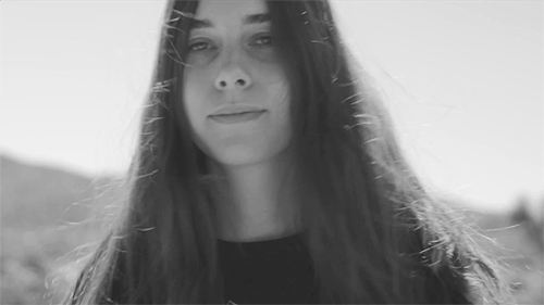 and the way her hair falls onto her face, danielle haim, daniellefuckinghaim, haim, haim the band, look at that little smile, music, my gifs, danielle haim | desert days GIFs