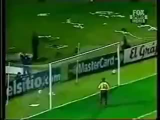Watch gol de chilavert a colombia tiro libre GIF on Gfycat. Discover more colombia GIFs on Gfycat