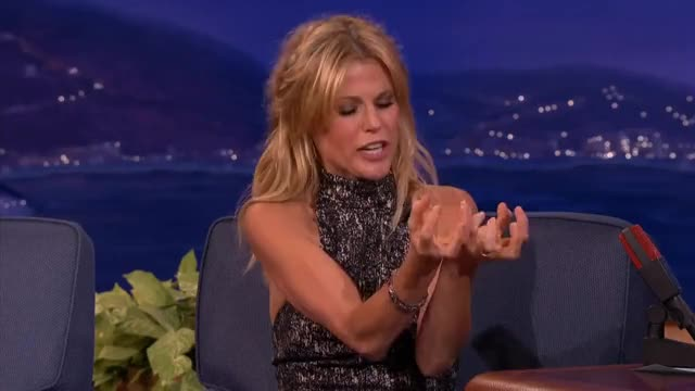 Watch this trending GIF on Gfycat. Discover more julie bowen GIFs on Gfycat