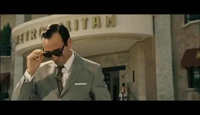 Watch and share Oss 117 Dujardin Blague Gratin Cairotes GIFs on Gfycat