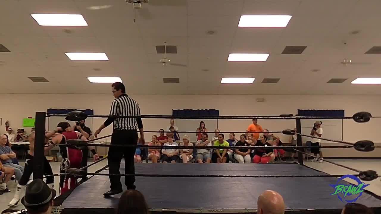 Aaron Epic, Ricardo Rodriguez, indy wrestling, Aaron [c] vs Ricardo GIFs