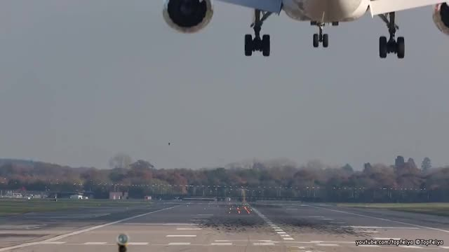 Watch and share Dreamliner GIFs and Airbus380 GIFs on Gfycat