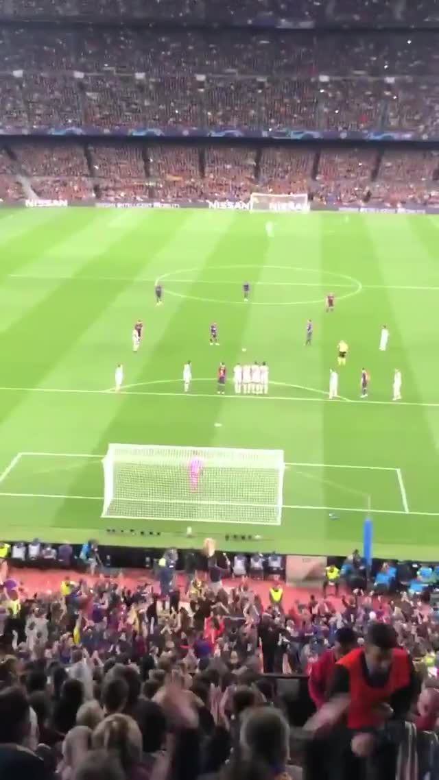 Watch and share Messi Free Kick GIFs by elzomor on Gfycat