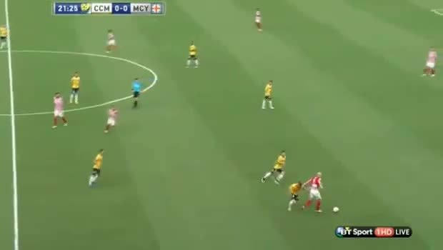 melbournecity, singapore, Safuwan's through ball against Central Coast Mariners GIFs