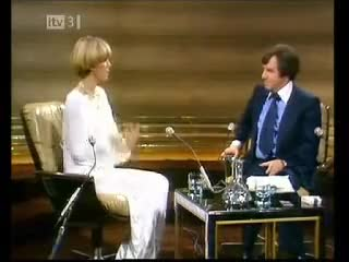 Watch Joanna Lumley on Harty LWT 70s GIF on Gfycat. Discover more Harty, Joanna, Joanna Lumley, Lumley GIFs on Gfycat