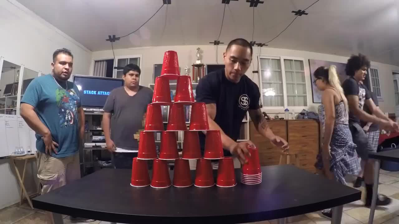 diy, 7 Fun and Cheap Games with Cups (DIY Minute to Win It Party) GIFs