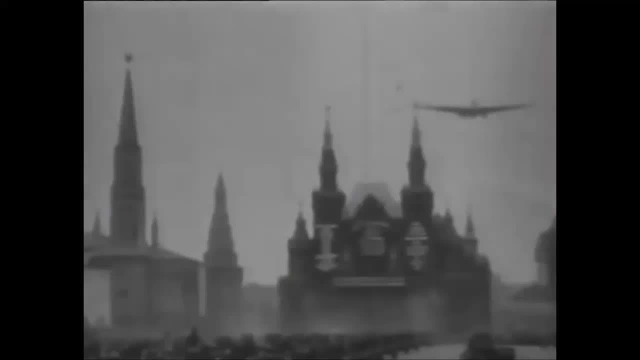 aviationgifs, Maxim Gorky, the largest plane of the 30's. (reddit) GIFs