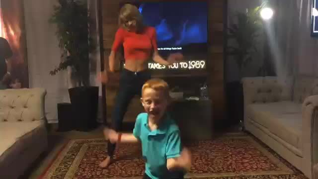 CelebrityFeet, taylorswiftslegs, Taylor Dancing GIFs