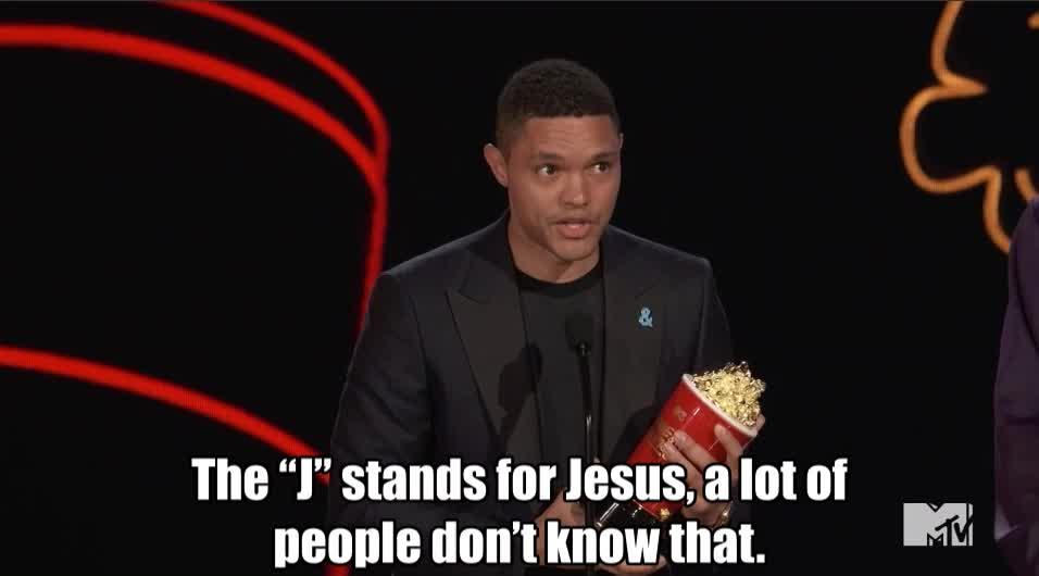 MTV Awards 2017, MTVAwards, MTVAwards2017, funny, jokes, trevor noah, trump, Trevor's Trump Jab MTV Awards 2017 GIFs