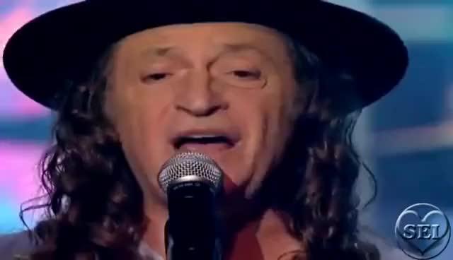 Watch and share Alceu Valença- La Belle De Jour (ao Vivo) GIFs on Gfycat