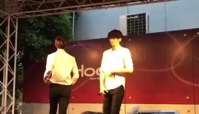 Watch and share 160519 あべのHOOP 2部HISTORY「QUEEN韓国語ver.」 GIFs on Gfycat