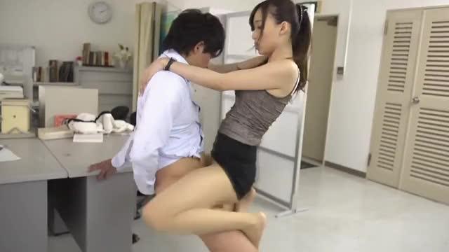 sexy Kurea Hasumi Wants A Raise!