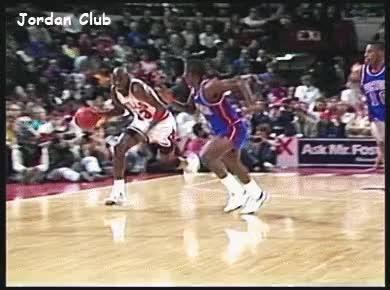 Watch and share NBA 유튜브 채널에서 공개한 마이클 조던 Vs 배드 보이스 레어 장면 6개 GIFs on Gfycat