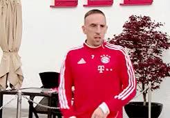 Watch Mesut Ozil GIF on Gfycat. Discover more Bastian Schweinsteiger, Manuel Neuer, Thomas Müller, arjen robben, bayern munich, claudio pizarro, dante bonfim, fc bayern munich, fc bayern münchen, franck ribery, i love them, my gifs, pls, rafinha GIFs on Gfycat