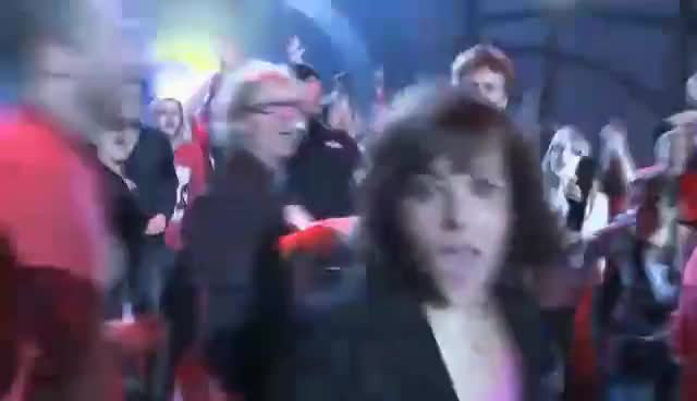 Alizée, Alizee Chasing Camera 2 LE2011 GIFs