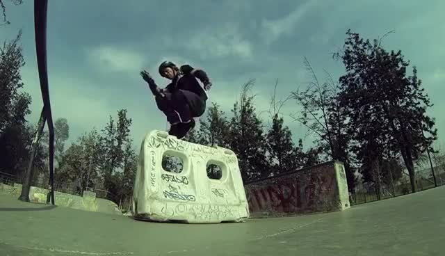 Watch Cesar GIF on Gfycat. Discover more agressiverollers, caida, fall, lesion, pain, rollers, skatepark GIFs on Gfycat