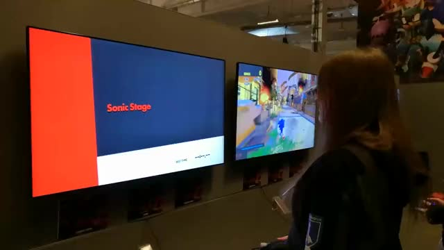 Watch Trying out Sonic Forces at ComicCon Stockholm 2017! GIF on Gfycat. Discover more related GIFs on Gfycat