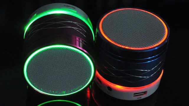 Watch and share 🔉 Speaker Medium Volume GIFs on Gfycat