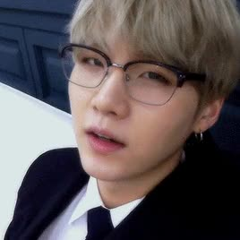Watch and share Yoongi GIFs and Cute GIFs by 하지마.. on Gfycat