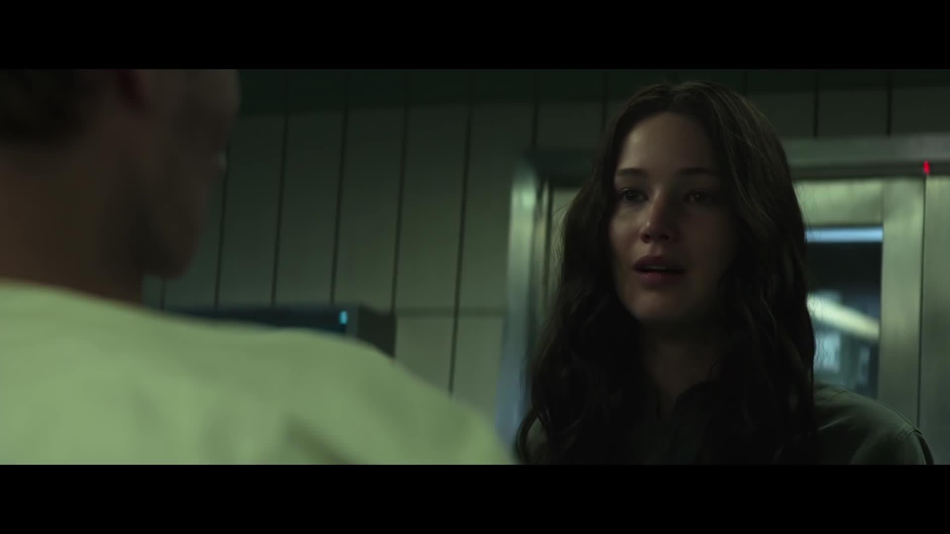 katniss, mockingjay, peeta, strangle, the hunger games, thg, The Hunger Games: Mockingjay   Reunited with Peeta GIFs