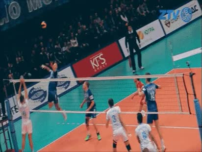 Russian Championship [Superleague] Semifinal : Dinamo Moscow VS Zenit Kazan 1:3(20:25, 22:25, 25:20, 17:25) POST CAPTION END TAGS START maxi