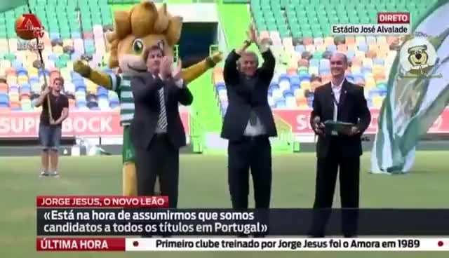 Watch and share Jorge Jesus E BdC GIFs on Gfycat