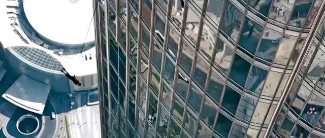Tom Cruise In Mission Impossible Ghost Protocol Dubai Burj