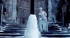 "firedevotion: "" Emily Blunt is the Ice Queen in 'The Huntsman: Winter's War' trailer """