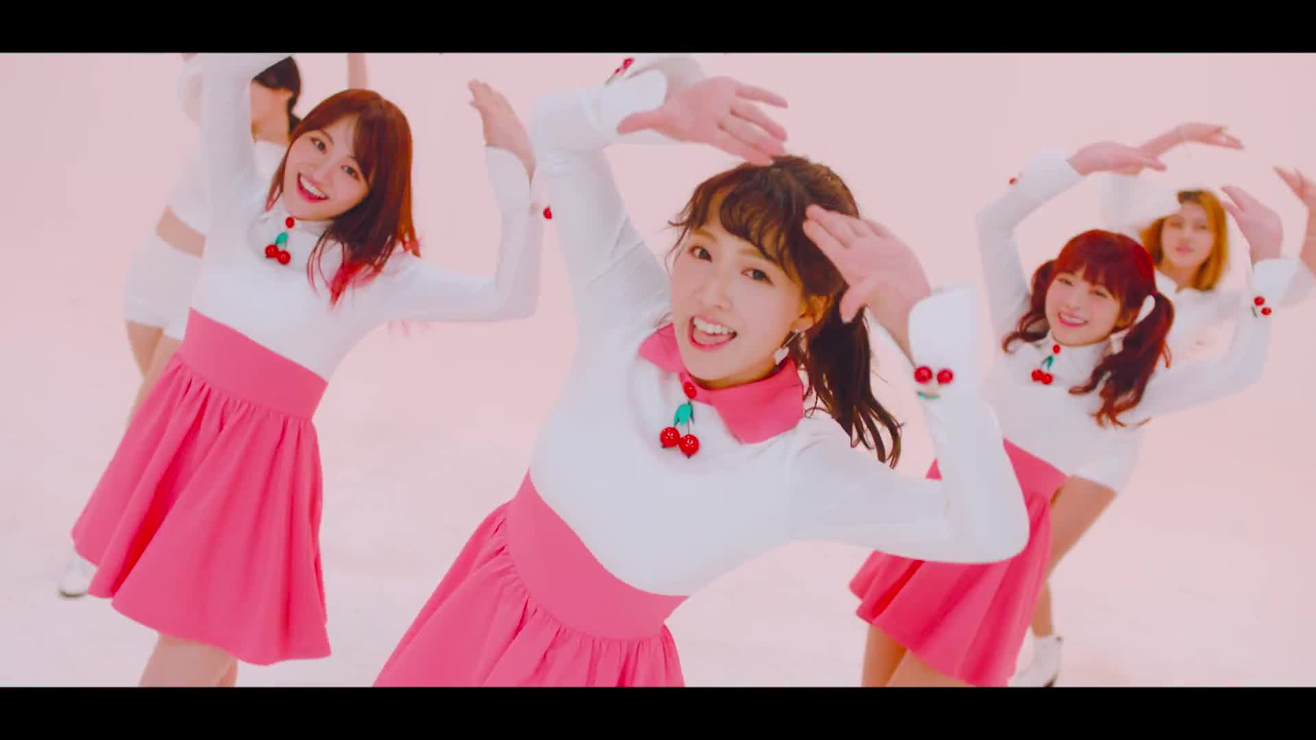 Như chưa từng ném 'gạch đá', fan Kpop 'đổ cái rầm' ca khúc debut của Honey Popcorn