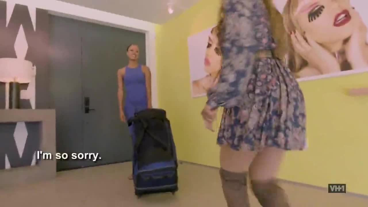 Chọn thí sinh bà ngoại 42 tuổi, Tyra Banks lấy nước mắt người xem ngay tập 1 mùa mới