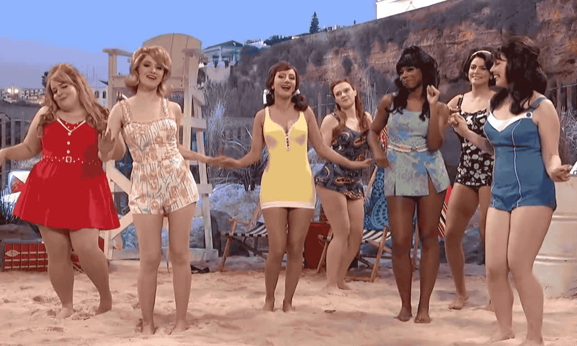 beach, bikini, celebrate, dance, dancing, excited, gang, girl, happy, live, night, only, party, saturday, snl, swimwear, twist, woohoo, yay, yeah, Bikini Beach Party GIFs