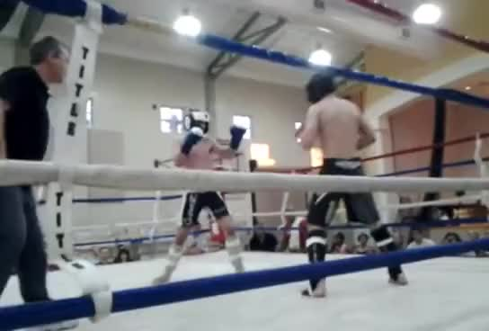 Watch Roundhouse sweep counter GIF on Gfycat. Discover more Kickboxing, MMA, Muay Thai GIFs on Gfycat
