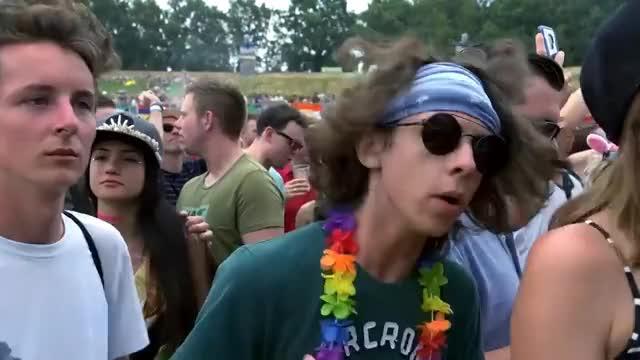 Watch Charlotte de Witte | Tomorrowland Belgium 2018 GIF on Gfycat. Discover more belgium, boom, edm, festival, music, tomorrowland GIFs on Gfycat