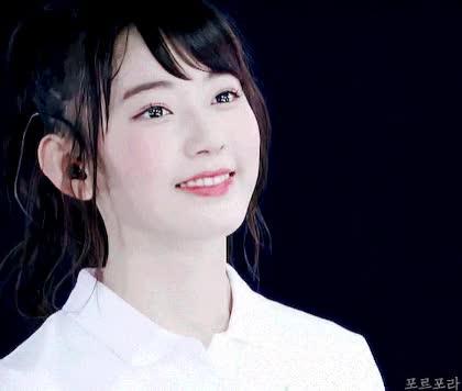 Watch Sakura GIF by Coraline (@vxsapphire) on Gfycat. Discover more Miyawaki sakura, izone, produce 48, sakura GIFs on Gfycat